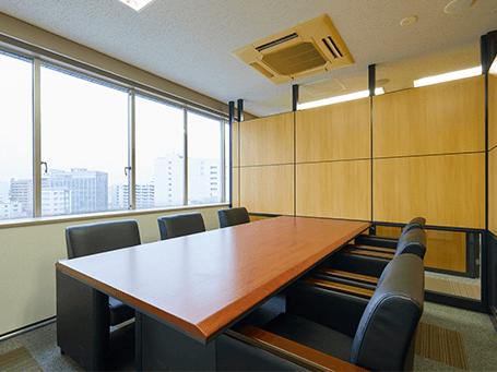 宇都宮法律事務所応接室