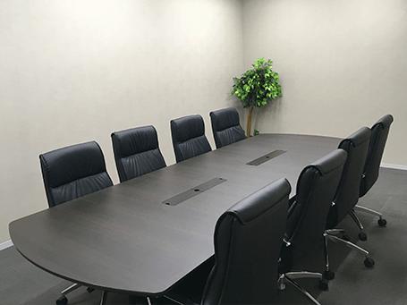 弁護士法人ALG&Associates 横浜法律事務所応接室